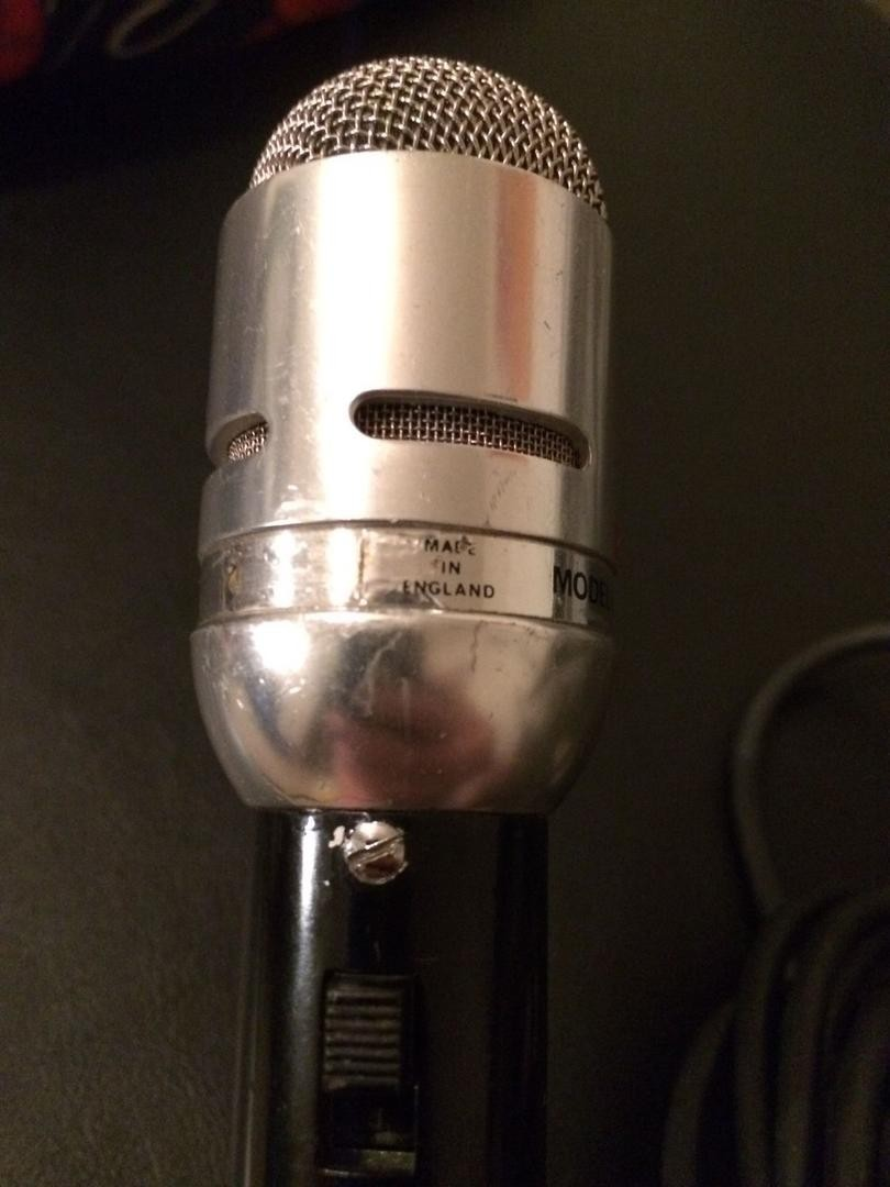 Vox Sound Equipment Limited microphones, the VL1, VL2 and VL3
